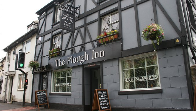 The Plough, Old Town Swindon.jpg